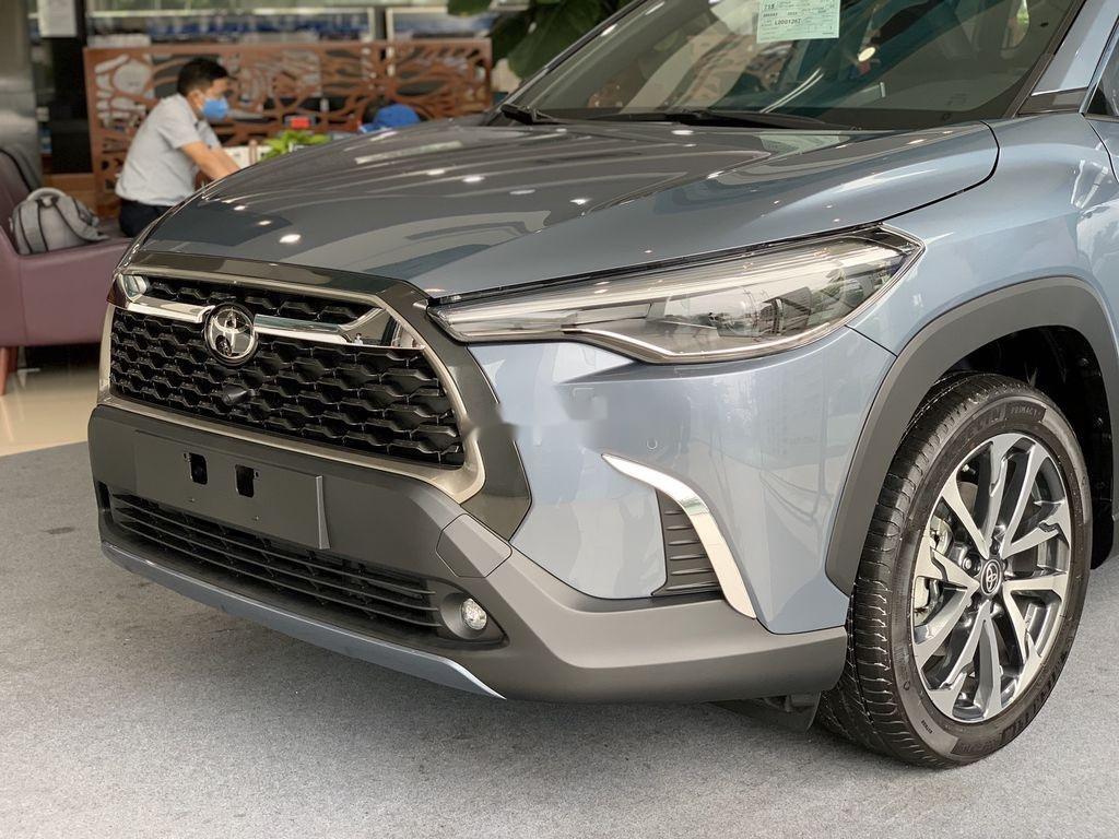 Cần bán Toyota Corolla Cross đời 2021, màu xám, xe nhập, giá tốt (4)