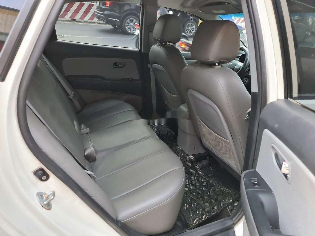 Cần bán xe Hyundai Avante sản xuất năm 2015 còn mới, giá 280tr (4)