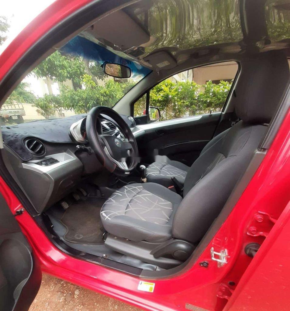 Bán Chevrolet Spark 2017, màu đỏ chính chủ, 185tr (4)