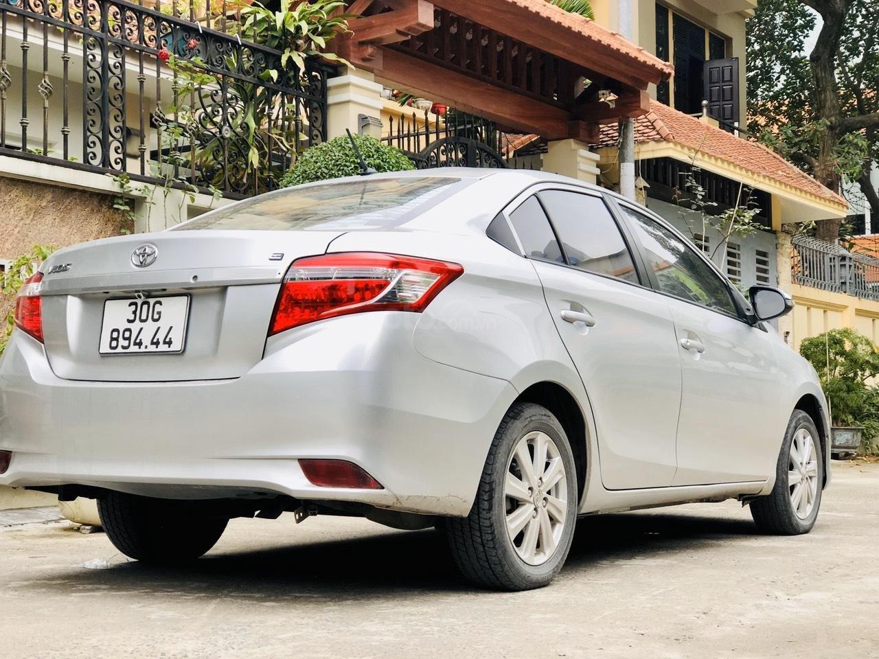 Bán xe Toyota Vios E MT sản xuất 2015, xe đẹp không lỗi nhỏ (4)