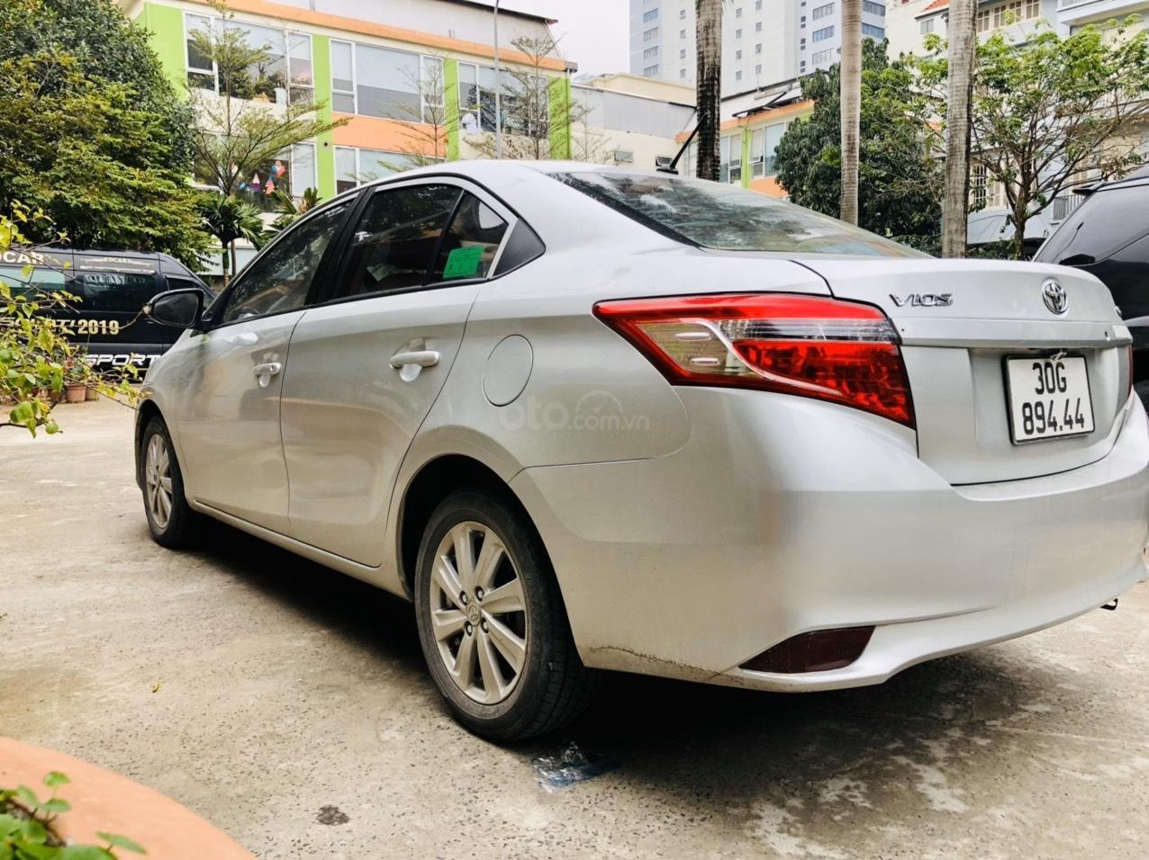 Bán xe Toyota Vios E MT sản xuất 2015, xe đẹp không lỗi nhỏ (6)