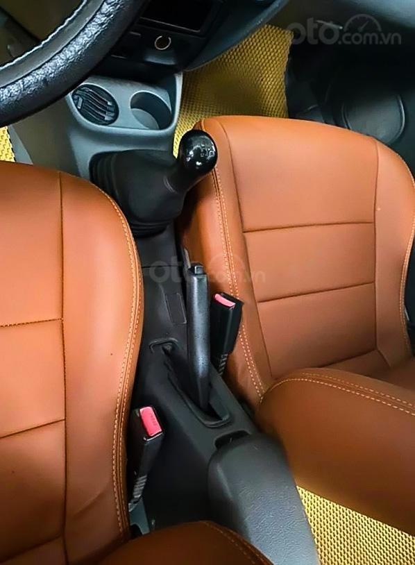 Cần bán gấp Mazda 323 sản xuất năm 2000, màu trắng (3)