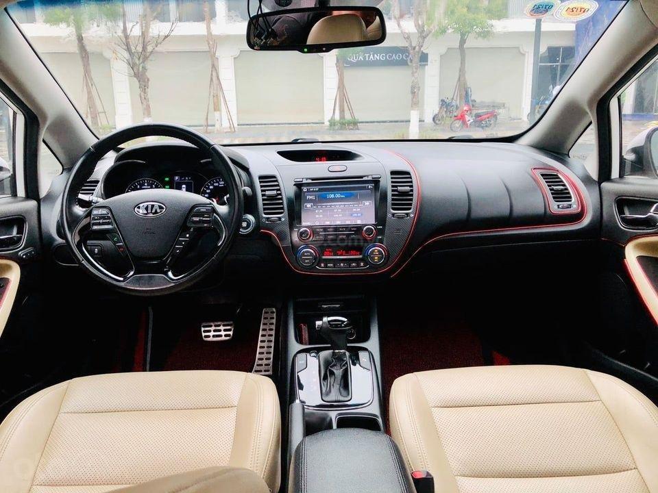 Bán nhanh xe Kia Cerato 2.0AT đời 2017, màu trắng, giá cạnh tranh (5)