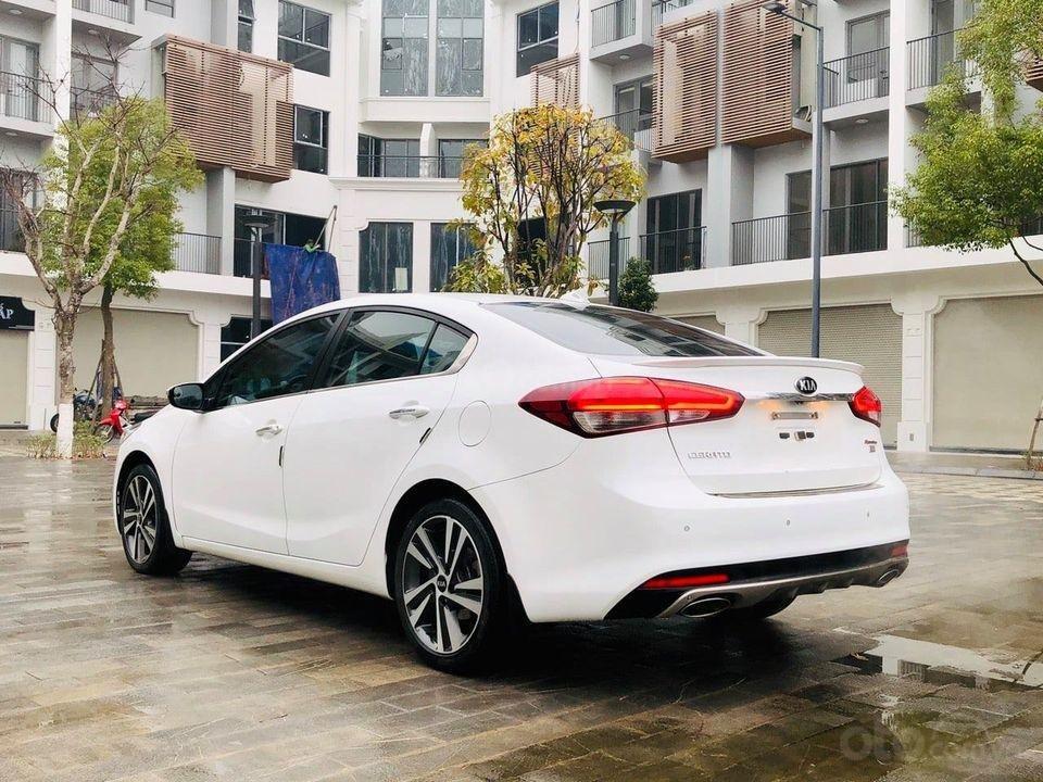 Bán nhanh xe Kia Cerato 2.0AT đời 2017, màu trắng, giá cạnh tranh (3)