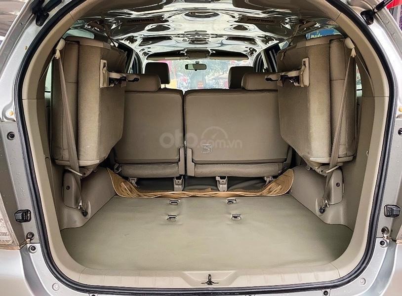 Bán xe Toyota Innova sản xuất 2010, màu bạc như mới (5)