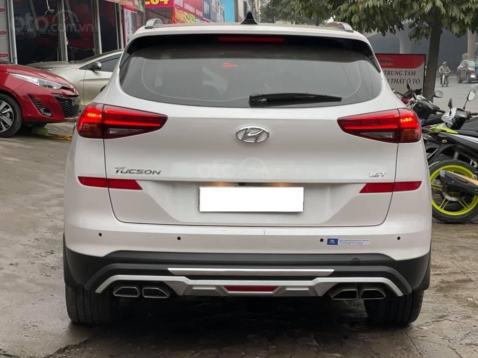 Bán nhanh với giá ưu đãi chiếc Hyundai Tucson 1.6 Turbo sản xuất năm 2019 (2)
