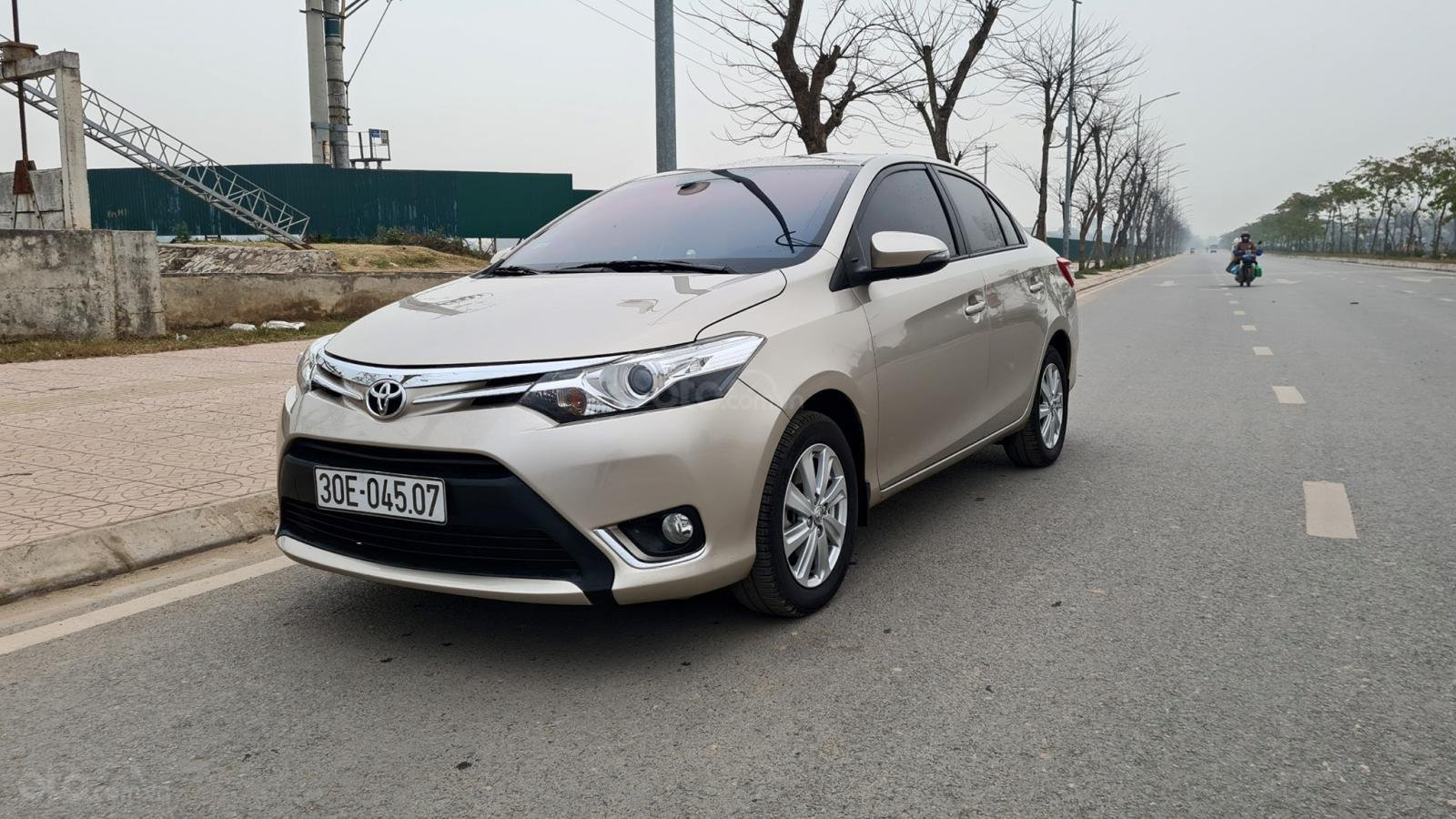 Bán xe giá ưu đãi chiếc Toyota Vios 1.5G đời 2016 (3)