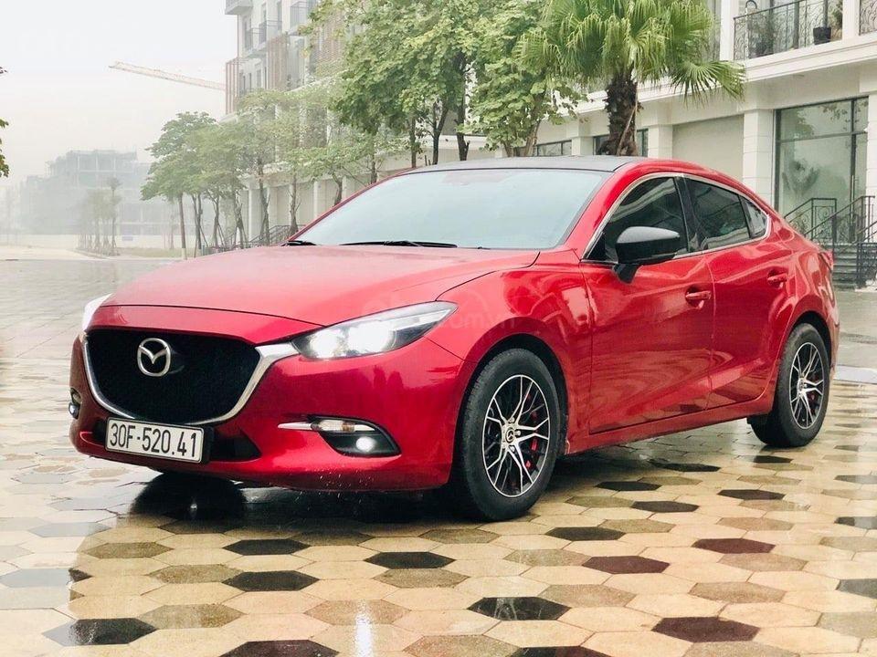 Cần bán lại xe Mazda 3 Facelift 1.5AT đời 2018, màu đỏ như mới, biển Hà Nội (1)