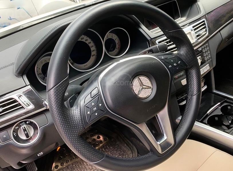 Bán Mercedes E250 AMG năm 2015, màu trắng (2)