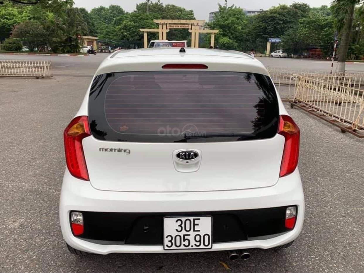 Cần bán nhanh chiếc Kia Morning sản xuất năm 2013, xe gia đinh (2)