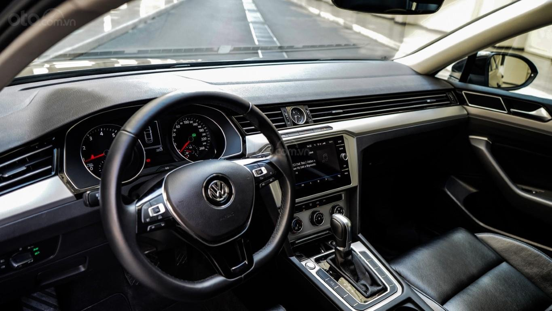 Sedan hạng D nhập Đức 100% - Passat Bluemotion 1.8 Turbo giảm 177tr trừ trực tiếp vào hóa đơn + gói phụ kiện cao cấp (8)