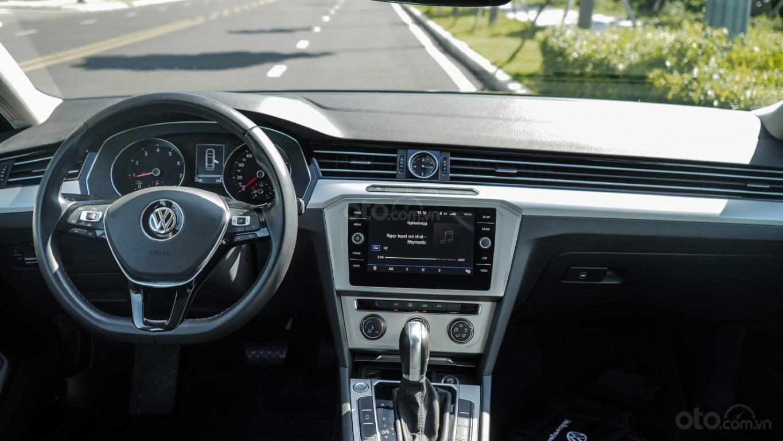 Sedan hạng D nhập Đức 100% - Passat Bluemotion 1.8 Turbo giảm 177tr trừ trực tiếp vào hóa đơn + gói phụ kiện cao cấp (11)