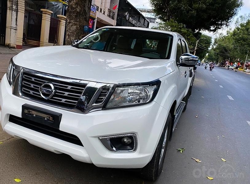 Bán ô tô Nissan Navara EL AT 2016, màu trắng, xe nhập còn mới (1)
