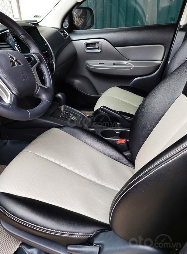 Bán xe Mitsubishi Triton năm 2017, màu bạc, giá chỉ 505 triệu (2)