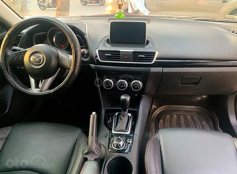 Xe Mazda 3 năm sản xuất 2016, màu trắng (5)