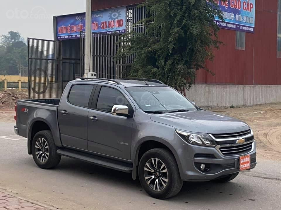 Cần bán Chevrolet Colorado LTZ 2.5 sản xuất 2019, màu xám số tự động (2)