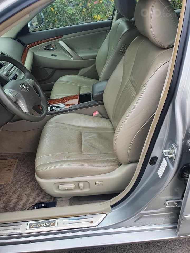 Xe Toyota Camry 2.4G đời 2007, màu bạc còn mới, giá bay nhanh (5)