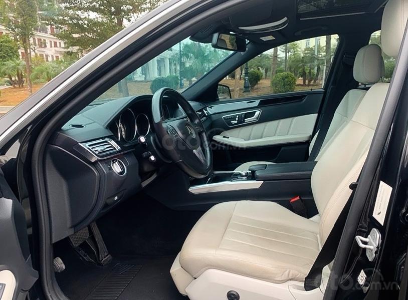 Bán Mercedes E250 đời 2014, màu đen, giá 989tr (2)