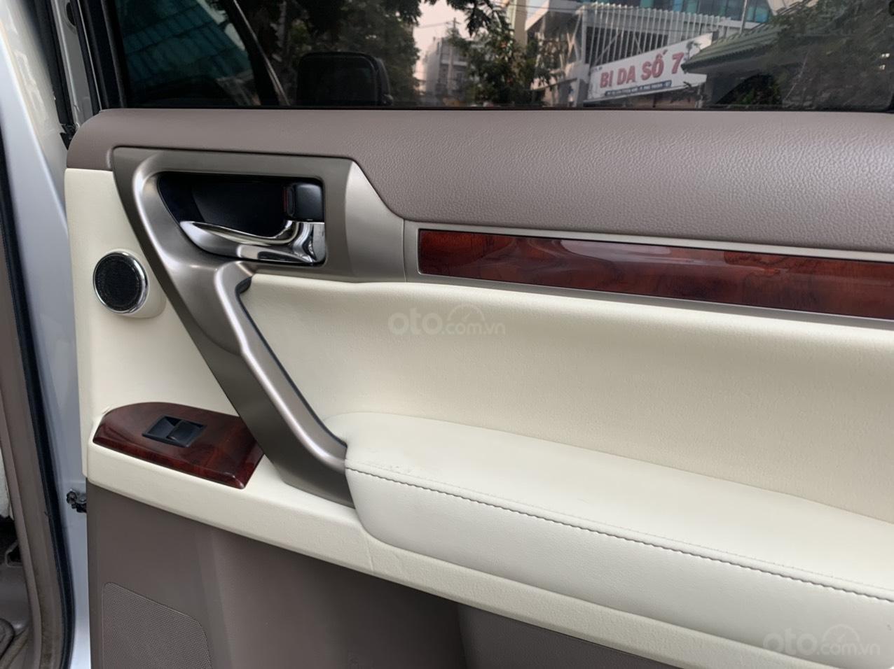 Cần bán lại Lexus GX 470, ĐK 2011, giá chỉ 1 tỷ 175 triệu (6)