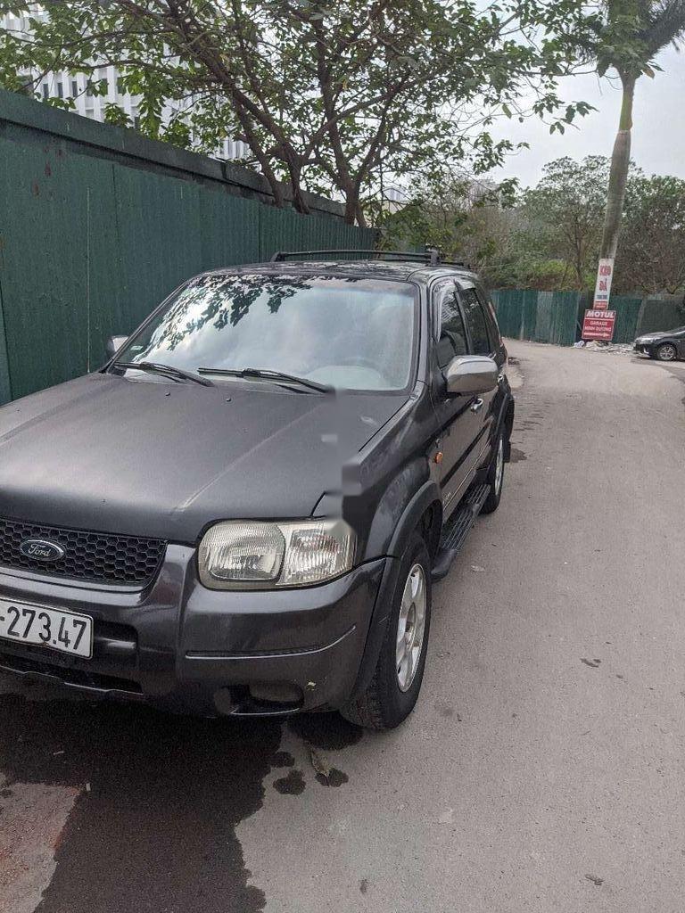Cần bán lại xe Ford Escape sản xuất năm 2002, nhập khẩu nguyên chiếc còn mới, 100tr (2)