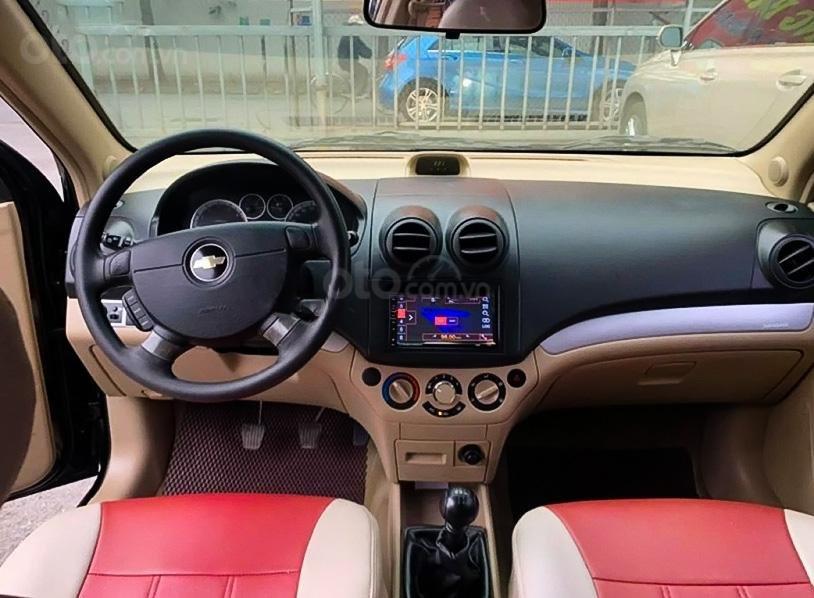 Bán Chevrolet Aveo LT 1.4 MT đời 2018, màu đen (3)