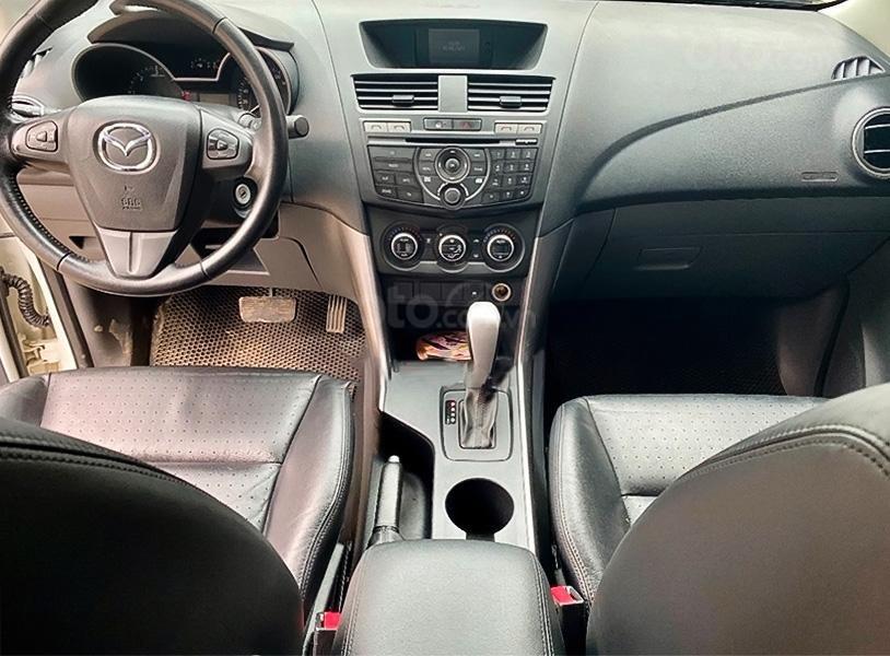 Cần bán gấp Mazda BT 50 đời 2018, màu trắng, nhập khẩu  (2)
