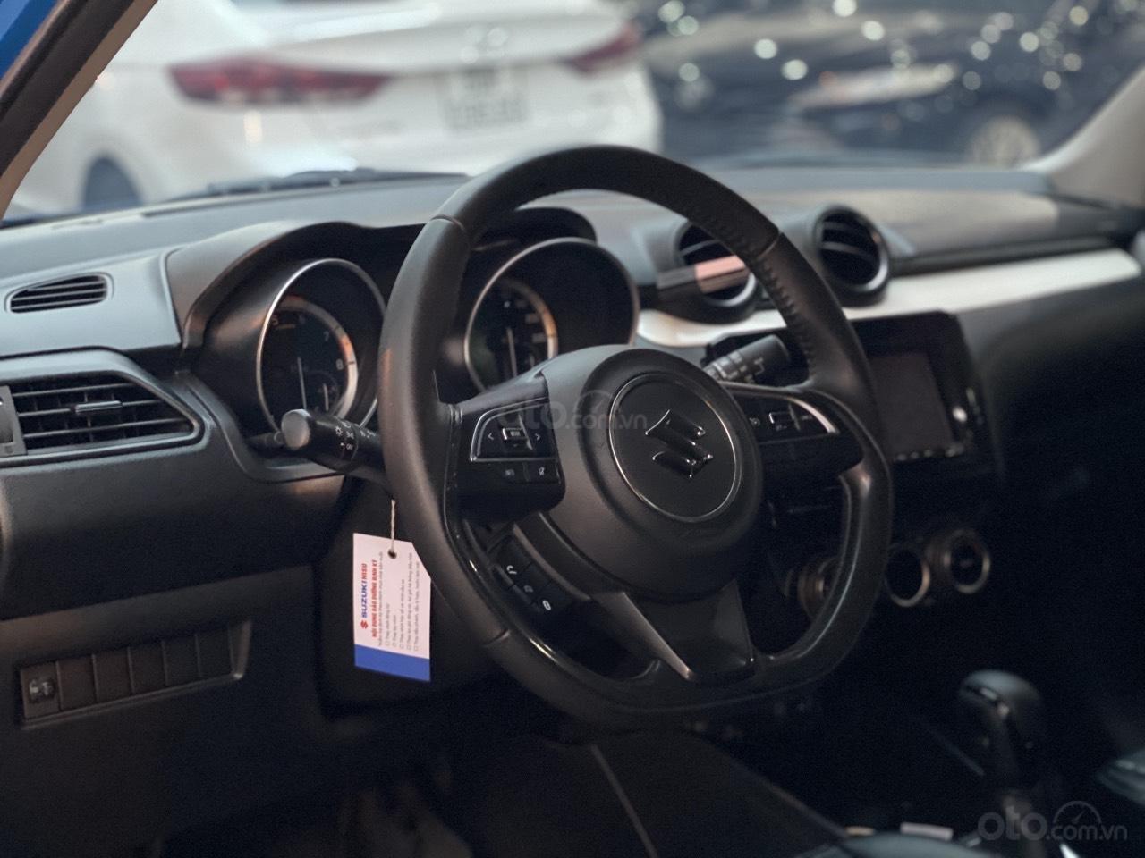 Xe Suzuki Swift sản xuất năm 2018 xe bao đẹp (2)