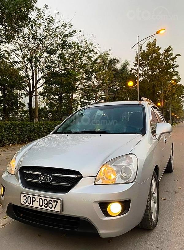 Cần bán xe Kia Carens sản xuất 2009, màu bạc chính chủ, giá 286tr (1)