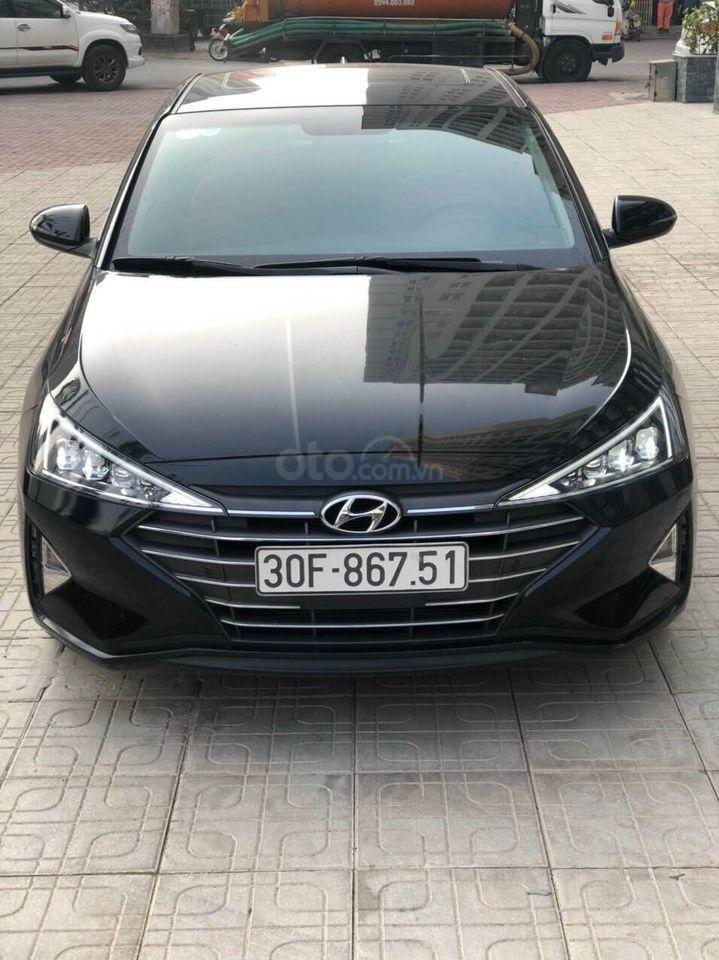 Cần bán xe Hyundai Elantra 2.0AT năm sản xuất 2019, màu đen bản full, giá chỉ 679 triệu (1)