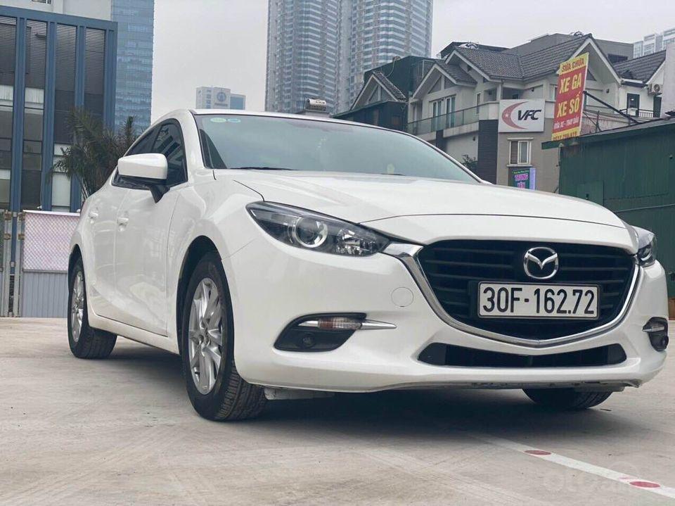 Cần bán nhanh giá tốt xe Mazda 3 1.5 năm 2018, màu trắng chính chủ, số tự động (2)