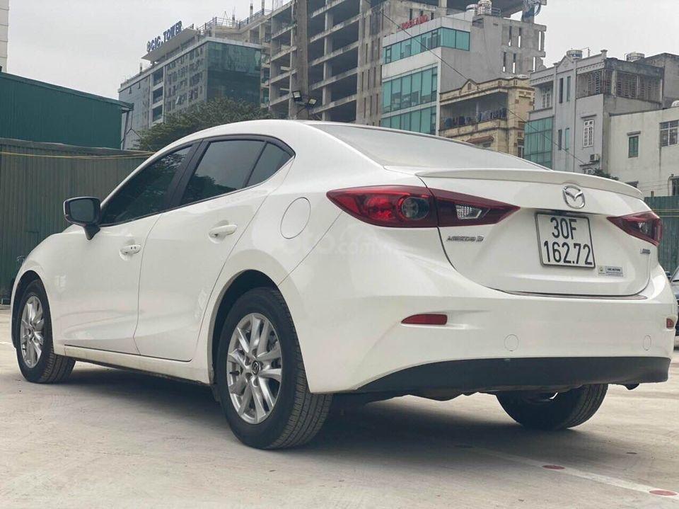 Cần bán nhanh giá tốt xe Mazda 3 1.5 năm 2018, màu trắng chính chủ, số tự động (3)