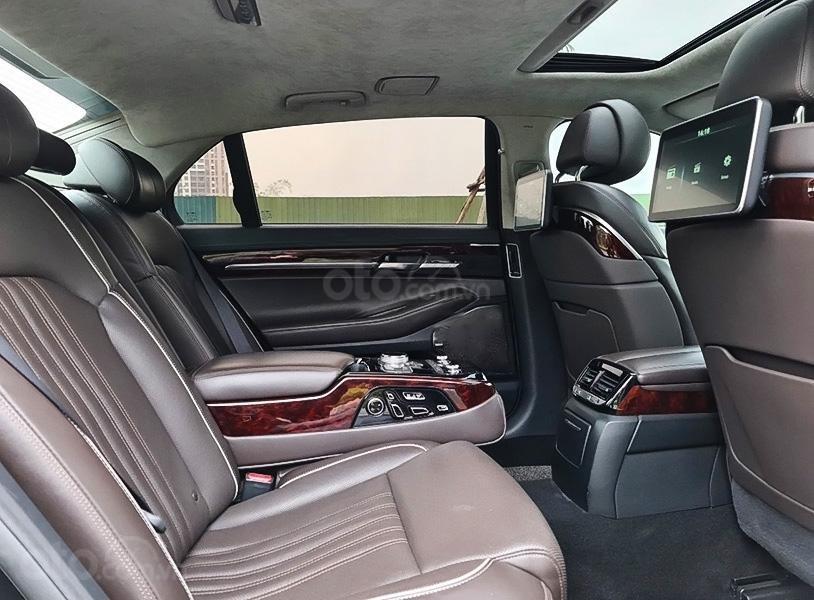 Bán Hyundai Genesis G90 năm 2016, màu đen, nhập khẩu (2)