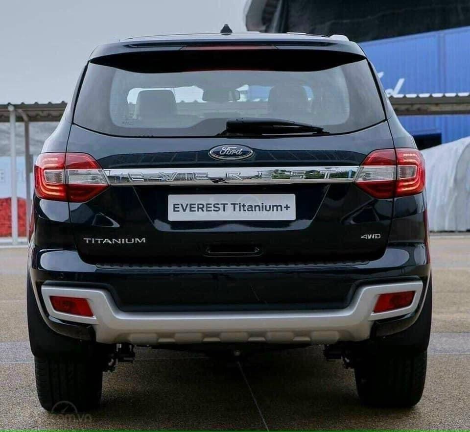 Giá xe Ford Everest ở đâu tốt nhất tôi có giá tốt hơn (5)