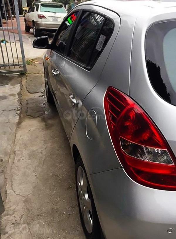 Xe Hyundai i20 1.4 AT năm sản xuất 2012, màu bạc, xe nhập  (2)
