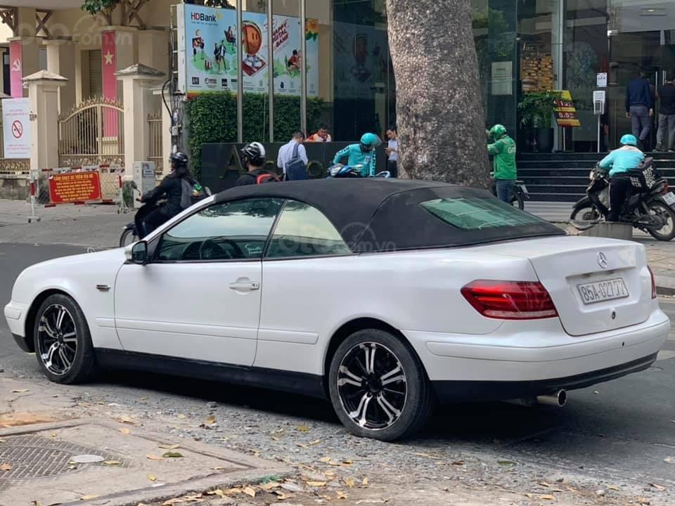 Cần bán lại xe Mercedes năm đk 2016, giá 385tr (4)