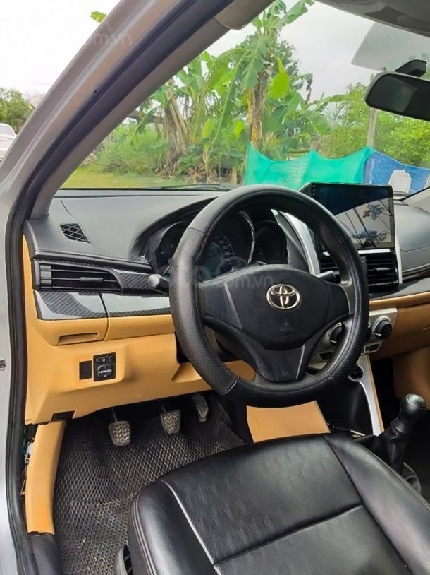 Bán Toyota Vios 1.3 Limo đời 2015, màu bạc còn mới, giá chỉ 295 triệu (3)