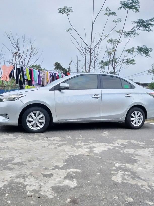Bán Toyota Vios 1.3 Limo đời 2015, màu bạc còn mới, giá chỉ 295 triệu (4)