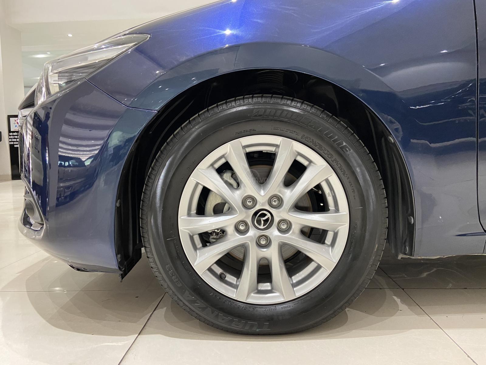 Bán xe Mazda 3 năm sản xuất 2019, xe màu xanh lam, xe gia đình mới đi 25.000 km (13)