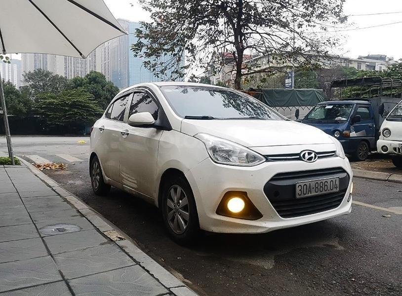 Bán xe Hyundai Grand i10 đời 2015, màu trắng, nhập khẩu  (1)
