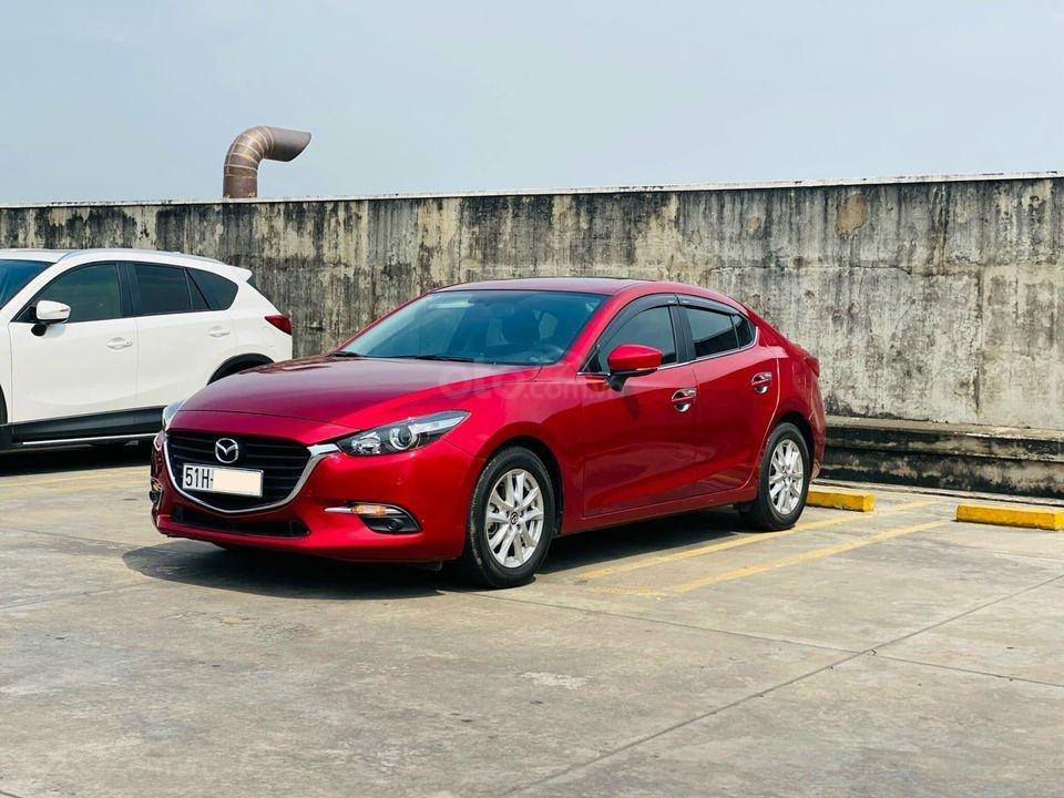 Cần bán xe Mazda 3 Facelift 2019, màu đỏ, biển Sài Gòn, 648 triệu (2)