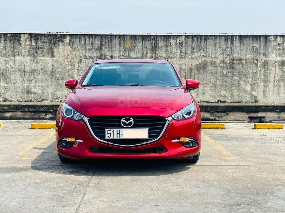 Cần bán xe Mazda 3 Facelift 2019, màu đỏ, biển Sài Gòn, 648 triệu (1)