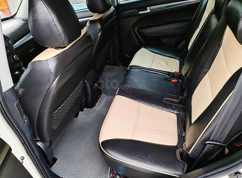 Cần bán lại xe Kia Sorento sản xuất 2012, màu trắng còn mới, giá 465tr (5)