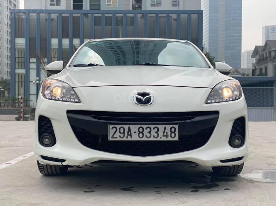 Cần bán Mazda 3S năm sản xuất 2013, màu trắng giá cạnh tranh (1)
