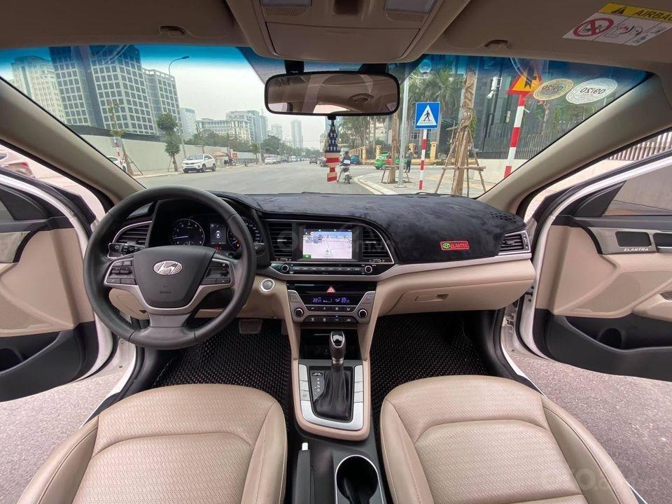 Xe Hyundai Elantra 1.6 2018, màu trắng số tự động, giá chỉ nhỉnh 500 triệu (5)