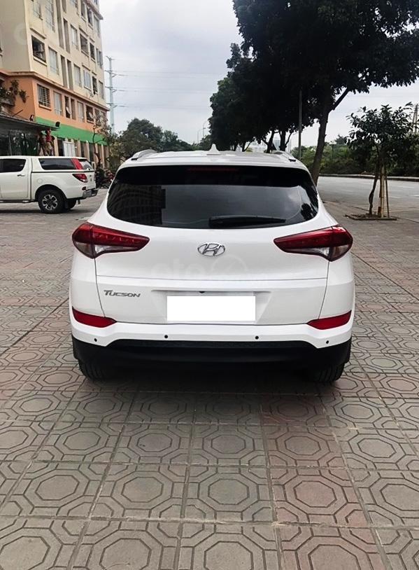 Bán ô tô Hyundai Tucson năm 2018, màu trắng (2)