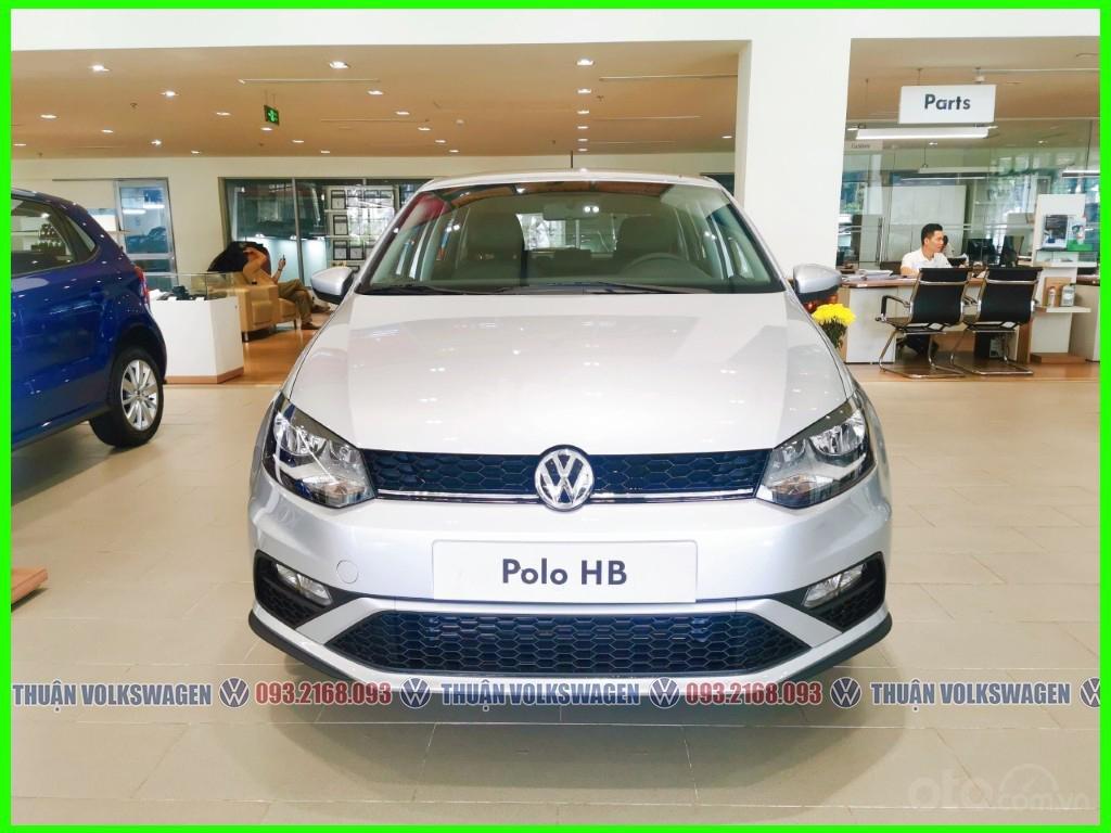Xe đô thị, giá hợp lý Volkswagen Polo Hatchback 2021 màu Silver Metallic nhập nguyên chiếc giao ngay, khuyến mãi hấp dẫn (7)