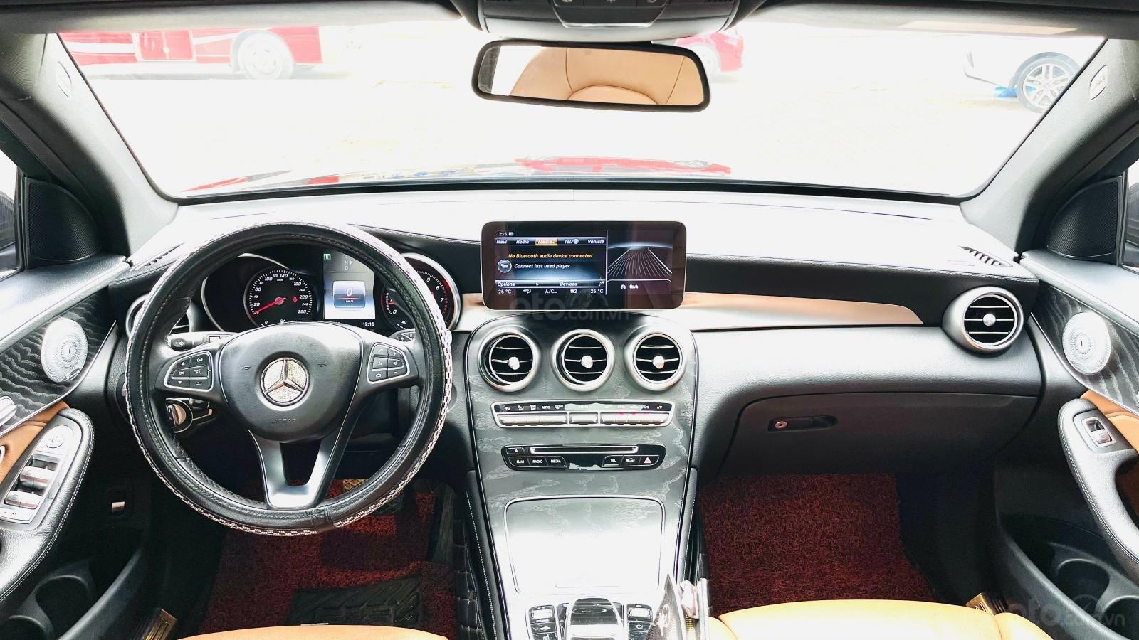 Mercedes GLC300 4Matic sx 2017 xe đẹp biển VIP đi tết (6)