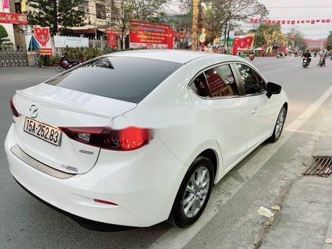 Cần bán xe Mazda 3 sản xuất 2016, màu trắng chính chủ, giá 526tr (4)