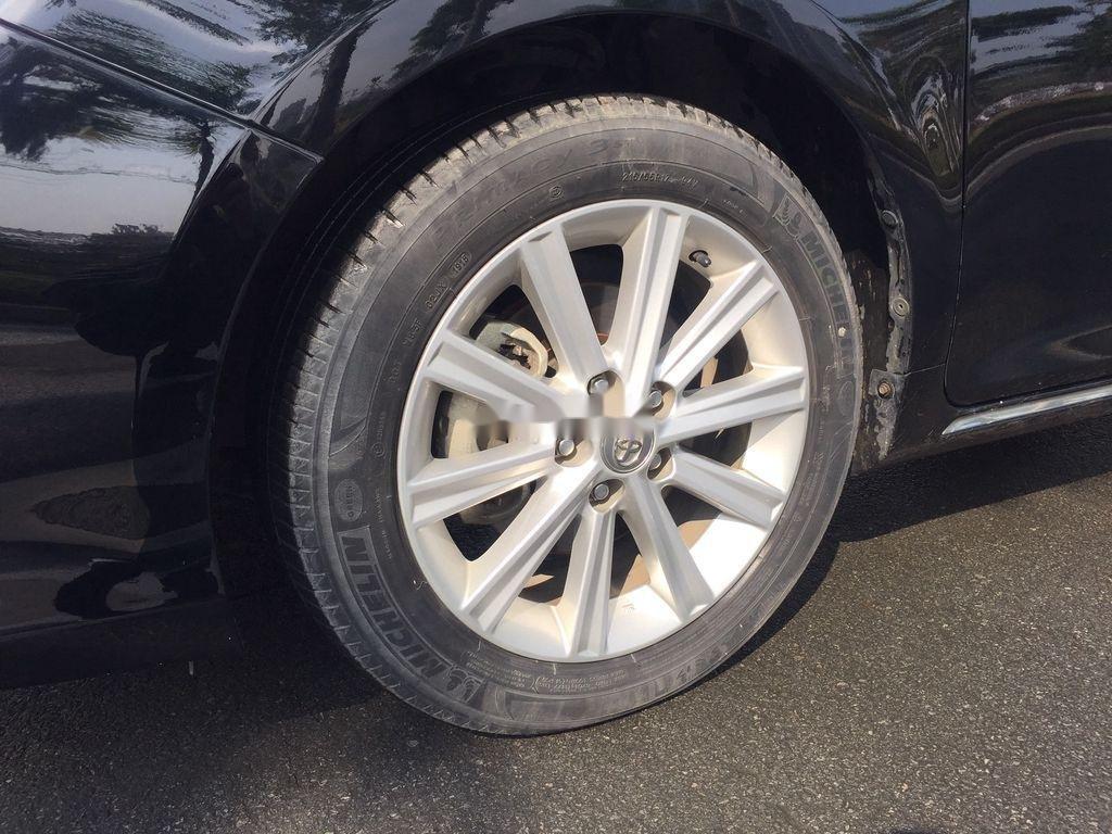 Bán ô tô Toyota Camry sản xuất năm 2013 còn mới (9)