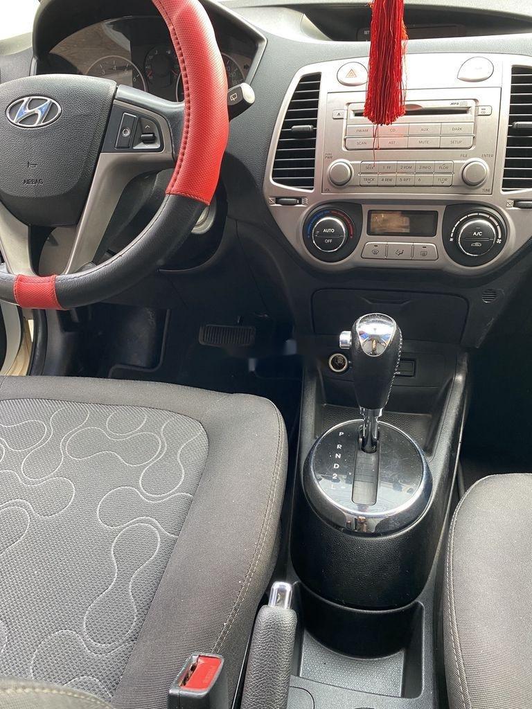 Cần bán gấp Hyundai i20 sản xuất năm 2010, xe nhập, giá chỉ 275 triệu (3)